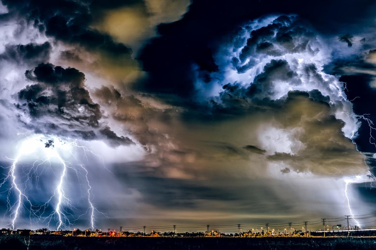 Thunderstorm-Weather-Rain-California-Storm-1768742.jpg